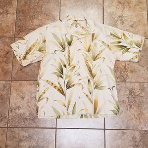 Beautiful Vintage Tommy Bahama Hawaiian Shirt